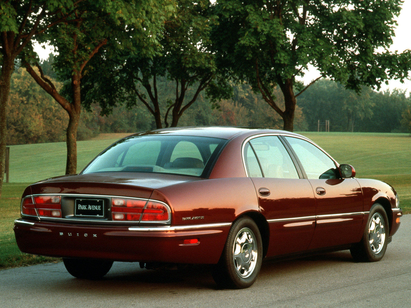 Buick park avenue photos